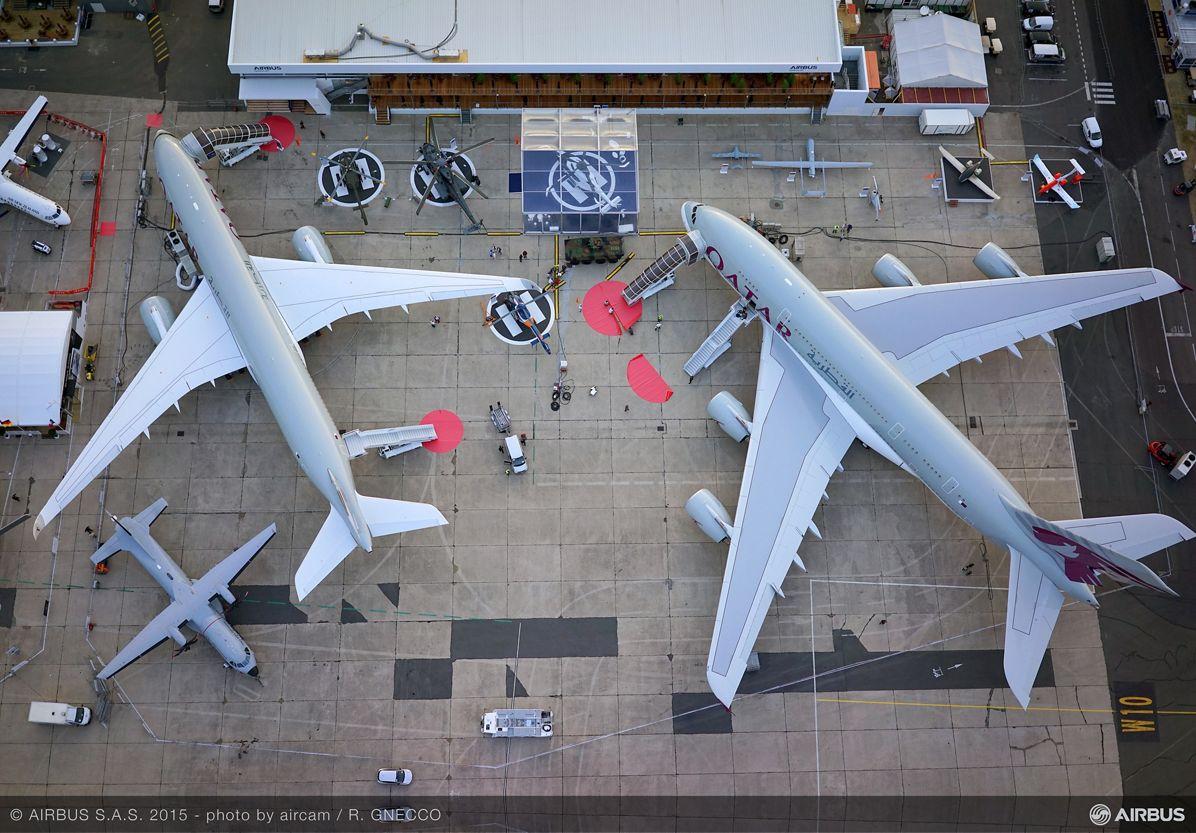 Display aerial view A350 XWB A380 QTR