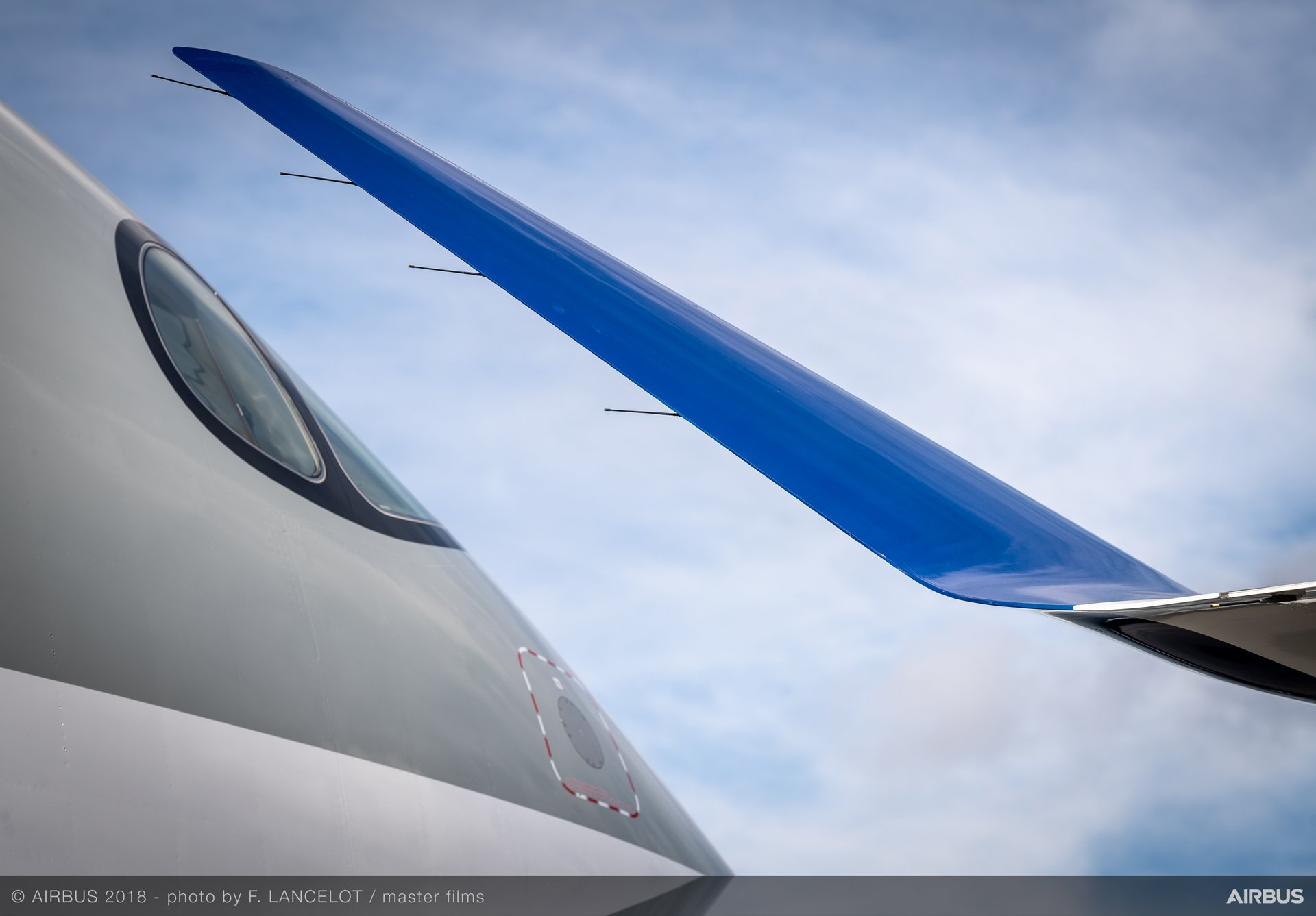 A350-1000 Qatar Airways' nose and  A220-300's winglet