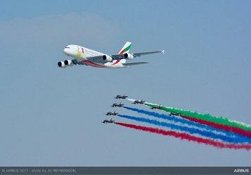 A380 & Al Fursan flypast at Dubai Airshow 2017 (3)
