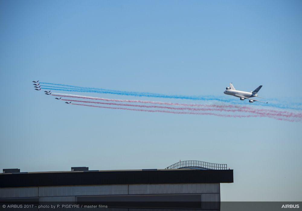A380 French Aerobatics Flying Display Presidential Flight Day1 PAS2017 115