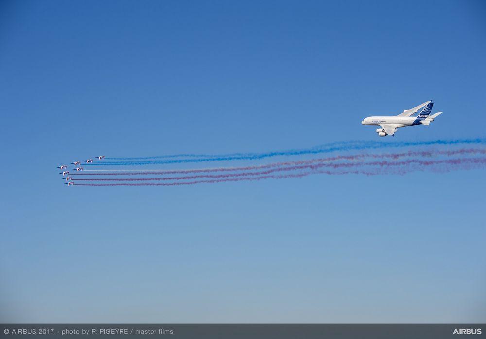 A380 French Aerobatics Flying Display Presidential Flight Day1 PAS2017 125