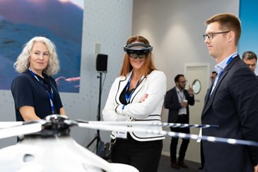 Racer virtual reality at Helitech International