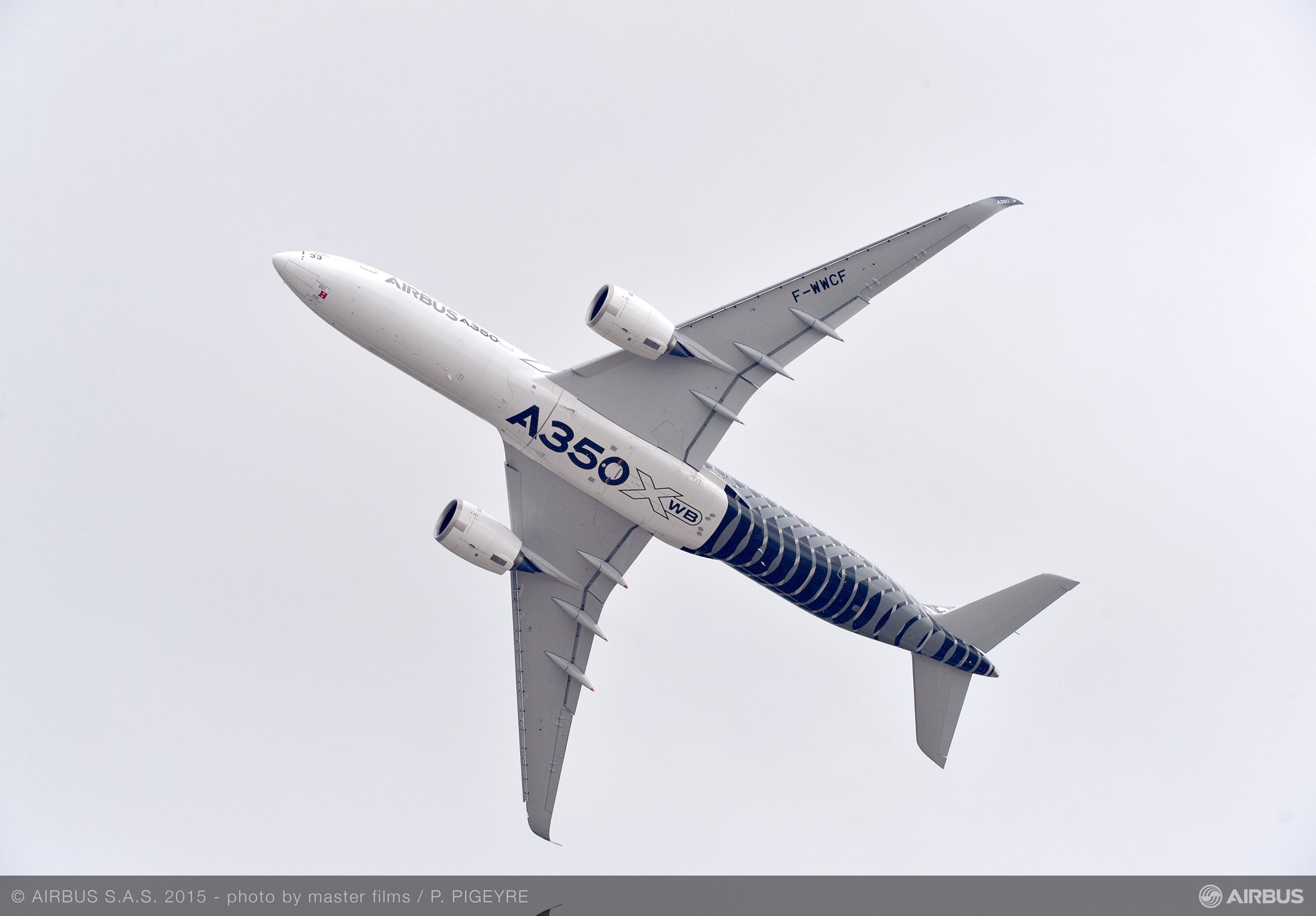 Paris Air Show 2015_A350 XWB opening demo flight 2