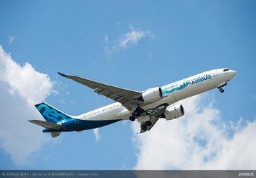 A330-900 Airbus Flight Display at Paris Airshow 2019 - Day 1