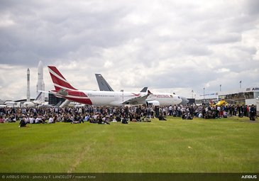 Ambiance at Paris Airshow 2019 - Day 4