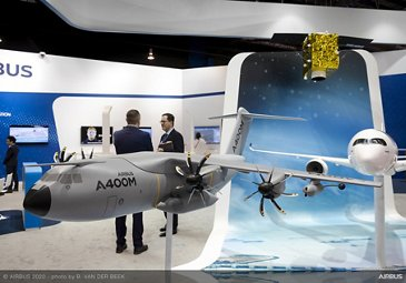 Scale models on exhibit stand – SGAirshow2020