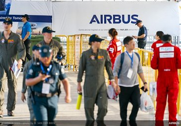 Welcome ambiance with Airbus Banner Ads - SGAirshow2020