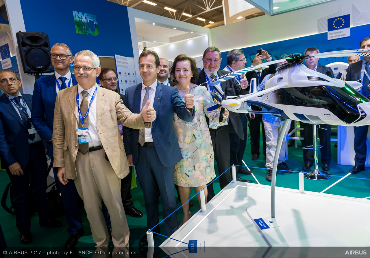 Tomasz Krysinski, Head of Research and Innovation at Airbus Helicopters (front row, left), and Guillaume Faury, CEO of Airbus Helicopters (second , front row) at the Racer unveiling.