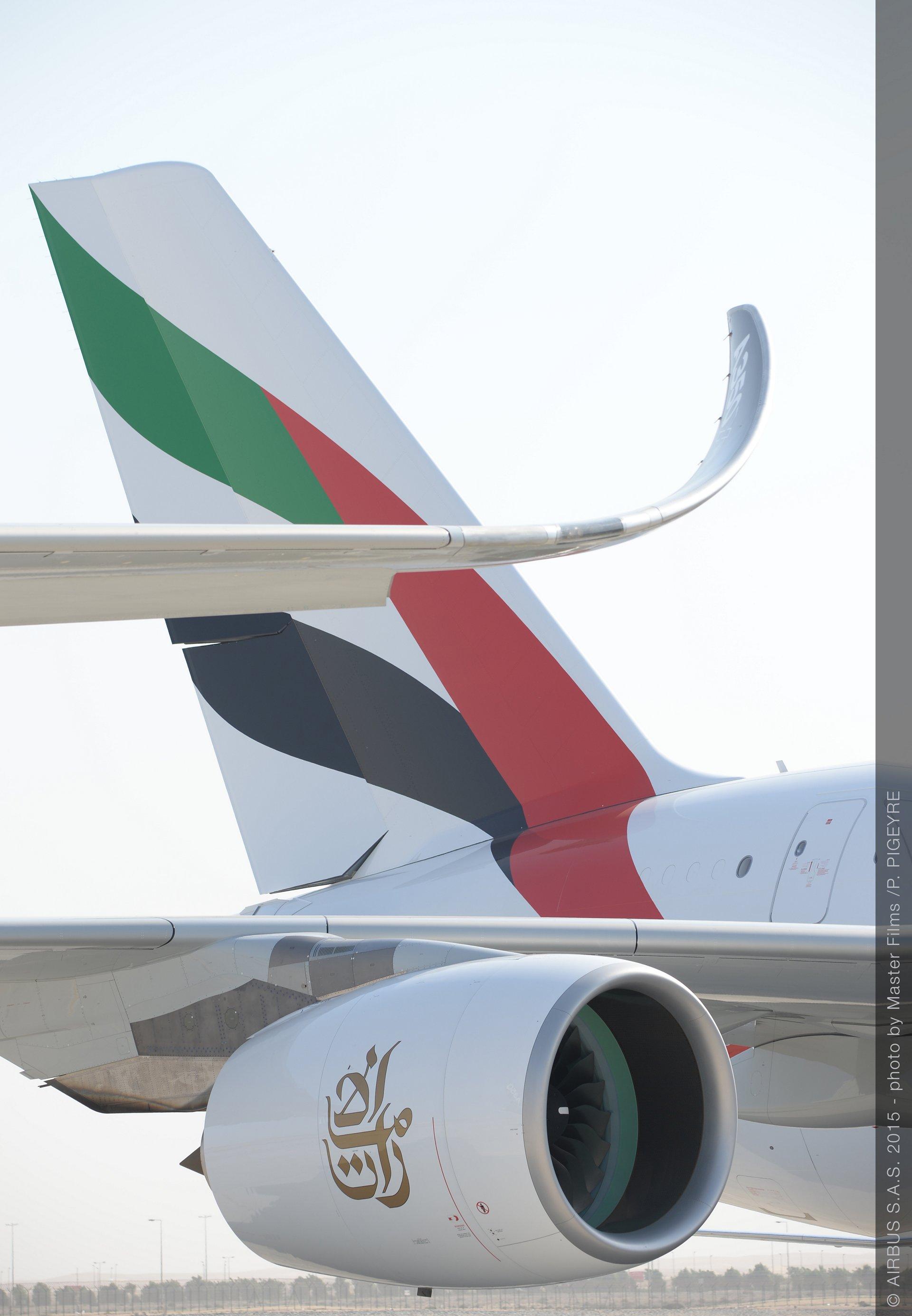 Dubai_2015_Day_2_Emirates A380 1