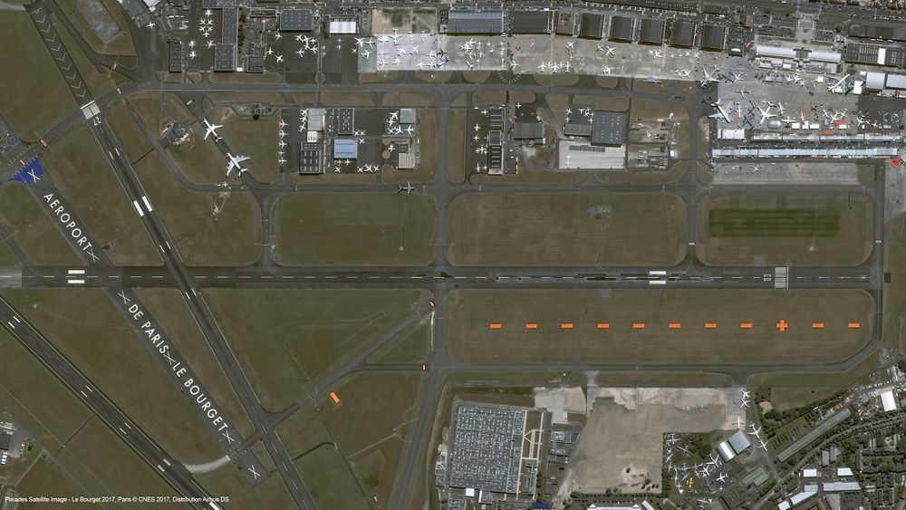 Airbus Pleiades satellite image of Paris Air Show