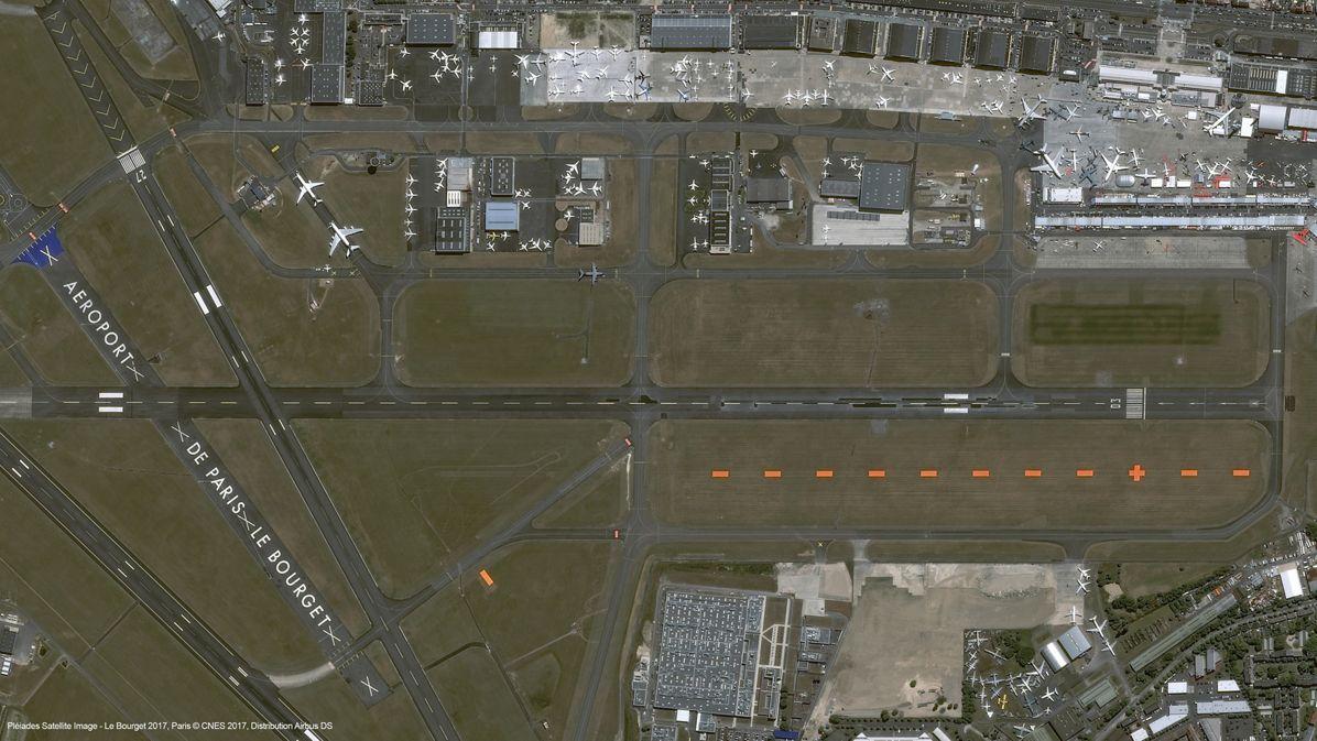Airbus Pleiades satellite image of Paris Air Show