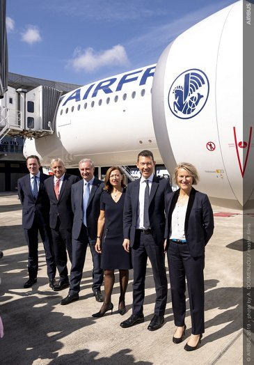 1st A350-900 Air France MSN331 Delivery - Group picture