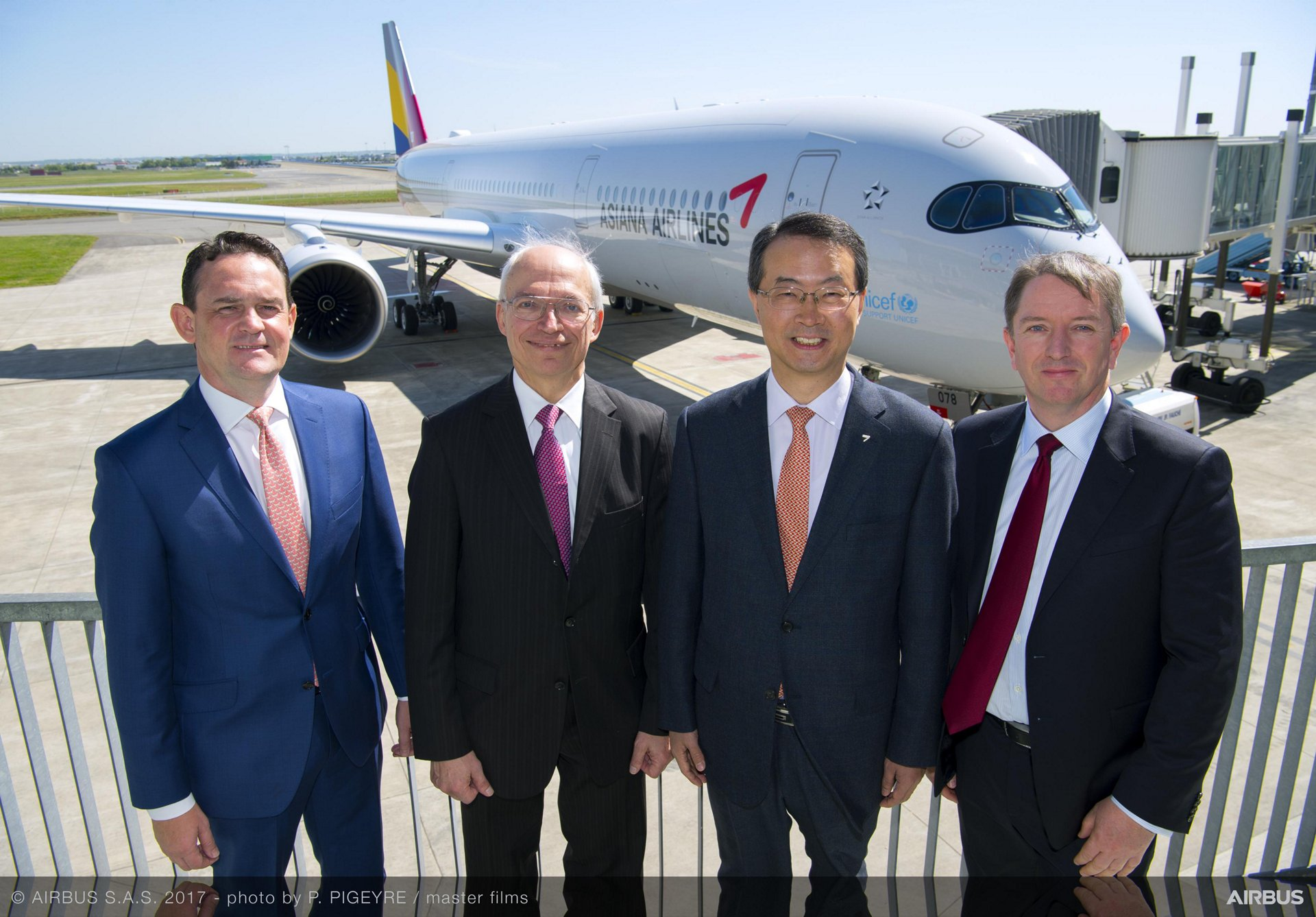 Asiana Airlines_First A350 XWB delivery 2