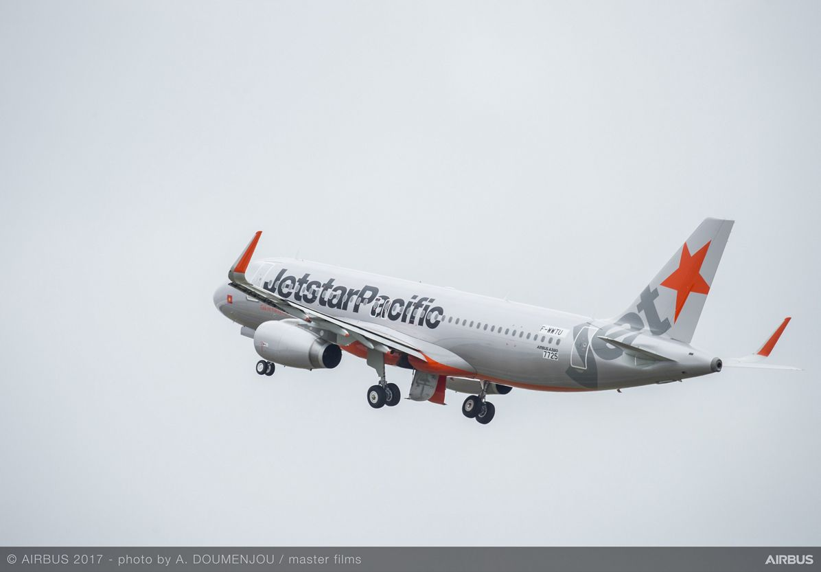 A320 Jetstar Pacific Airlines MSN7725 Taking Off