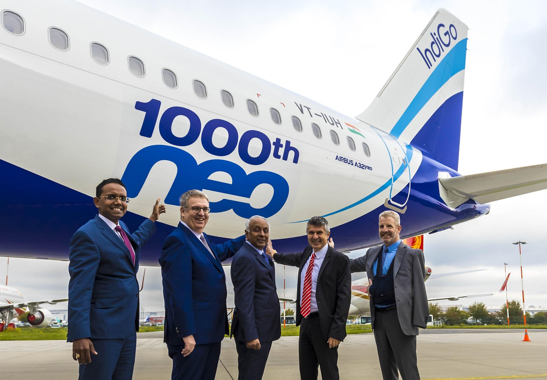 Anand Stanley, Head of Airbus India and South Asia, Airbus / Michael Menking, Head of A320 Family Programme, Airbus / Rono Dutta, Chief Executive Officer, IndiGo / Chadi Saade, Head of Sales India, Airbus / Michael Culhane, Senior Vice President New Aircraft, CDB Aviation Lease Finance