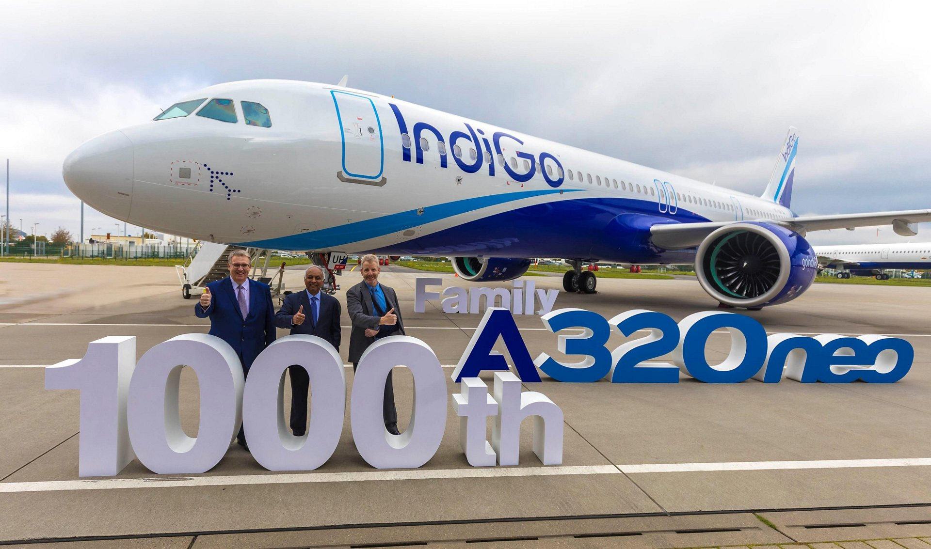 Airbus delivered its 1,000th A320neo Family aircraft – an A321neo provided to Indian airline IndiGo – in October 2019; marking the handover was (from left to right): Michael Menking, Head of A320 Family Programme, Airbus; Rono Dutta, Chief Executive Officer, IndiGo; and Michael Culhane, Senior Vice President New Aircraft, CDB Aviation Lease Finance