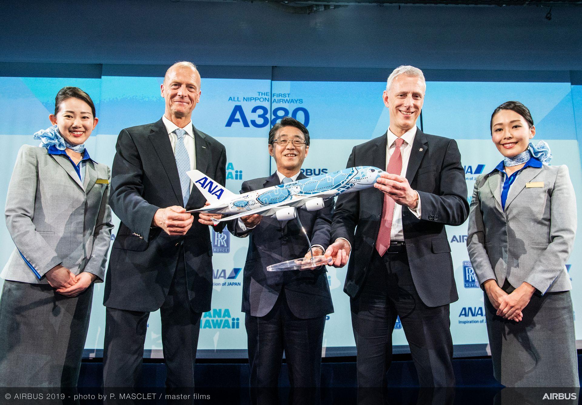 Ceremonia de entrega del primer Airbus A380 de All Nippon Airways.