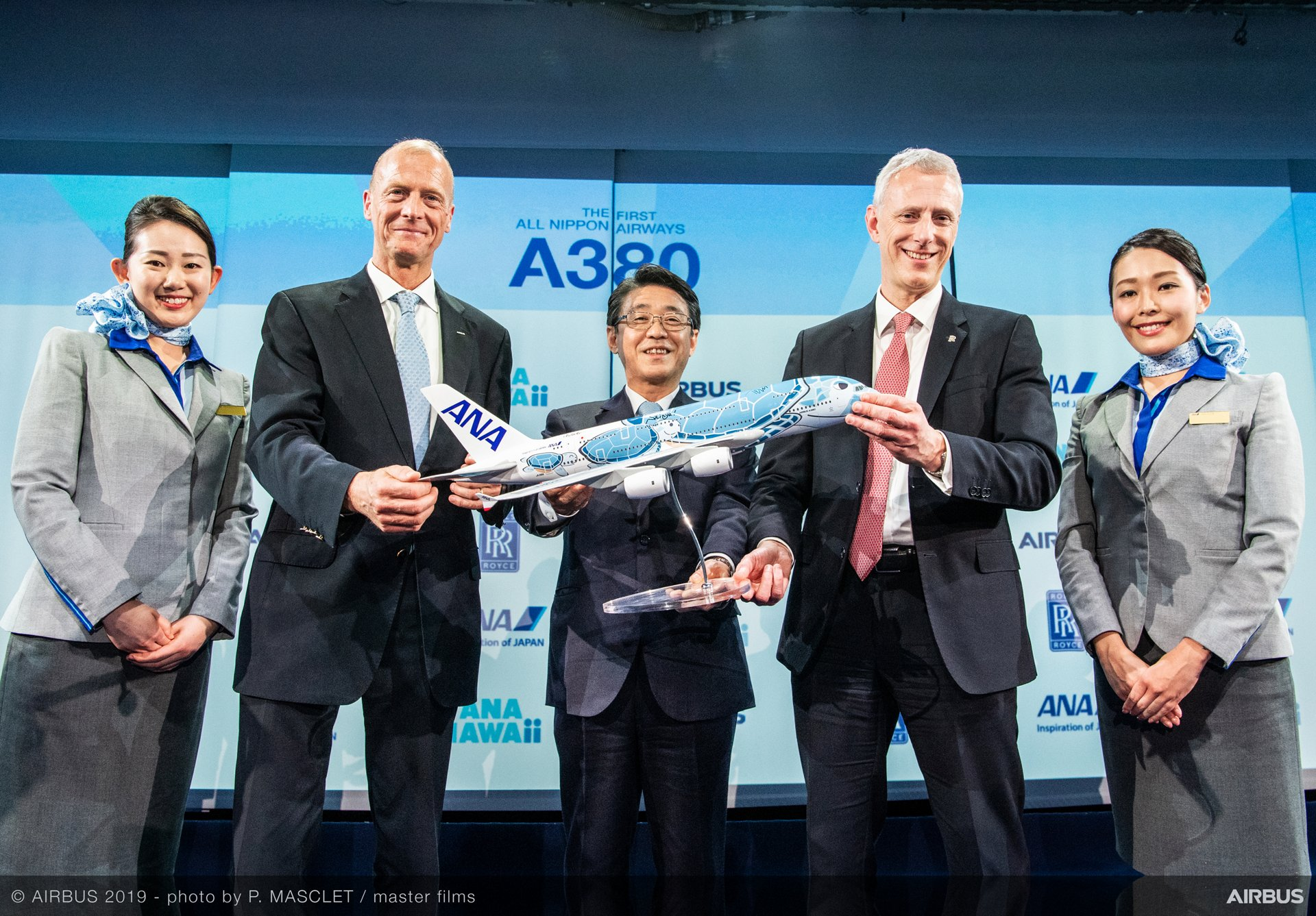 Present at the Airbus A380 delivery ceremony to All Nippon Airways – in addition to members of the airline's cabin crew – were (from left to right): Tom Enders, Airbus Chief Executive Officer; Shinya Katanozaka, President and CEO, ANA HOLDINGS INC.; Chris Cholerton, President, Rolls-Royce for Civil Aerospace