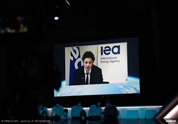 Airbus Summit 2021 Day 02 - Making net-zero carbon aviation a reality