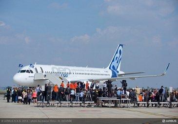 A320neo landing 1