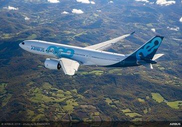 AG真人计划 A330-800 first flight 鈥� airborne