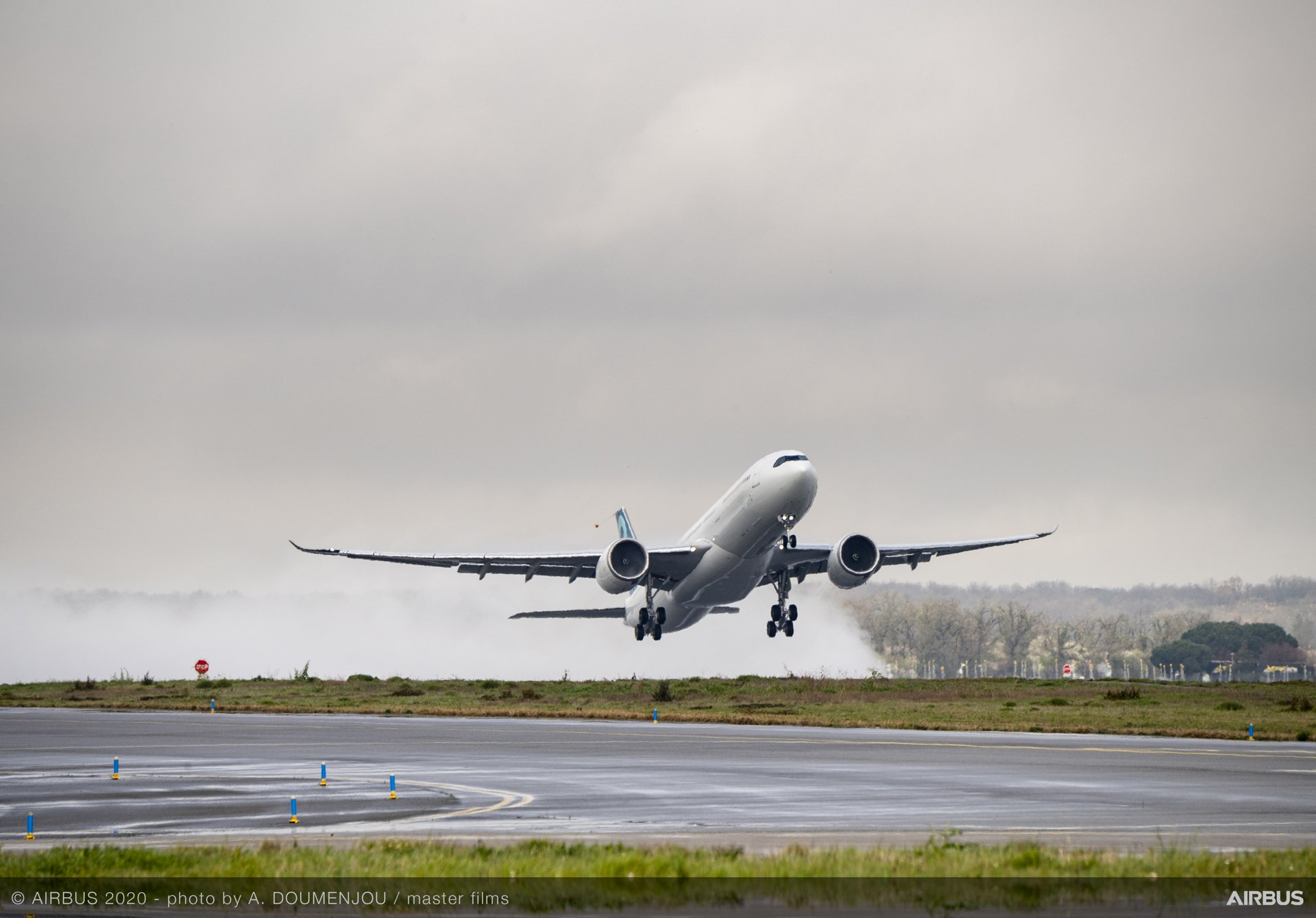 Airbus' new A330-900 increased take-off weight variant accelerates down the runway at Toulouse-Blagnac Airport before lifting off on its maiden flight, performed 28 February
