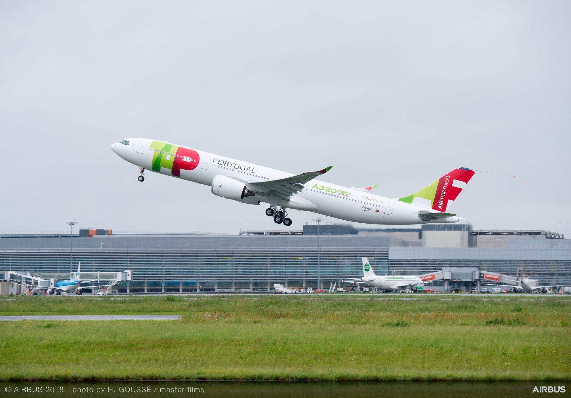 A330-900 TAP Air Portugal takeoff