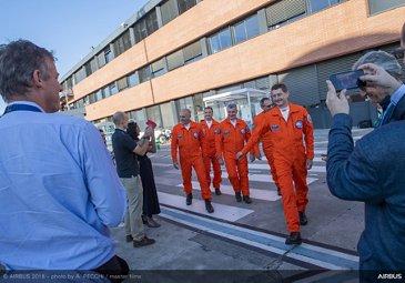 BelugaXL first flight – Test crew after briefing