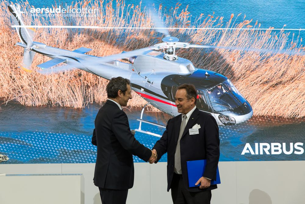 Elicotteri signs for two H125