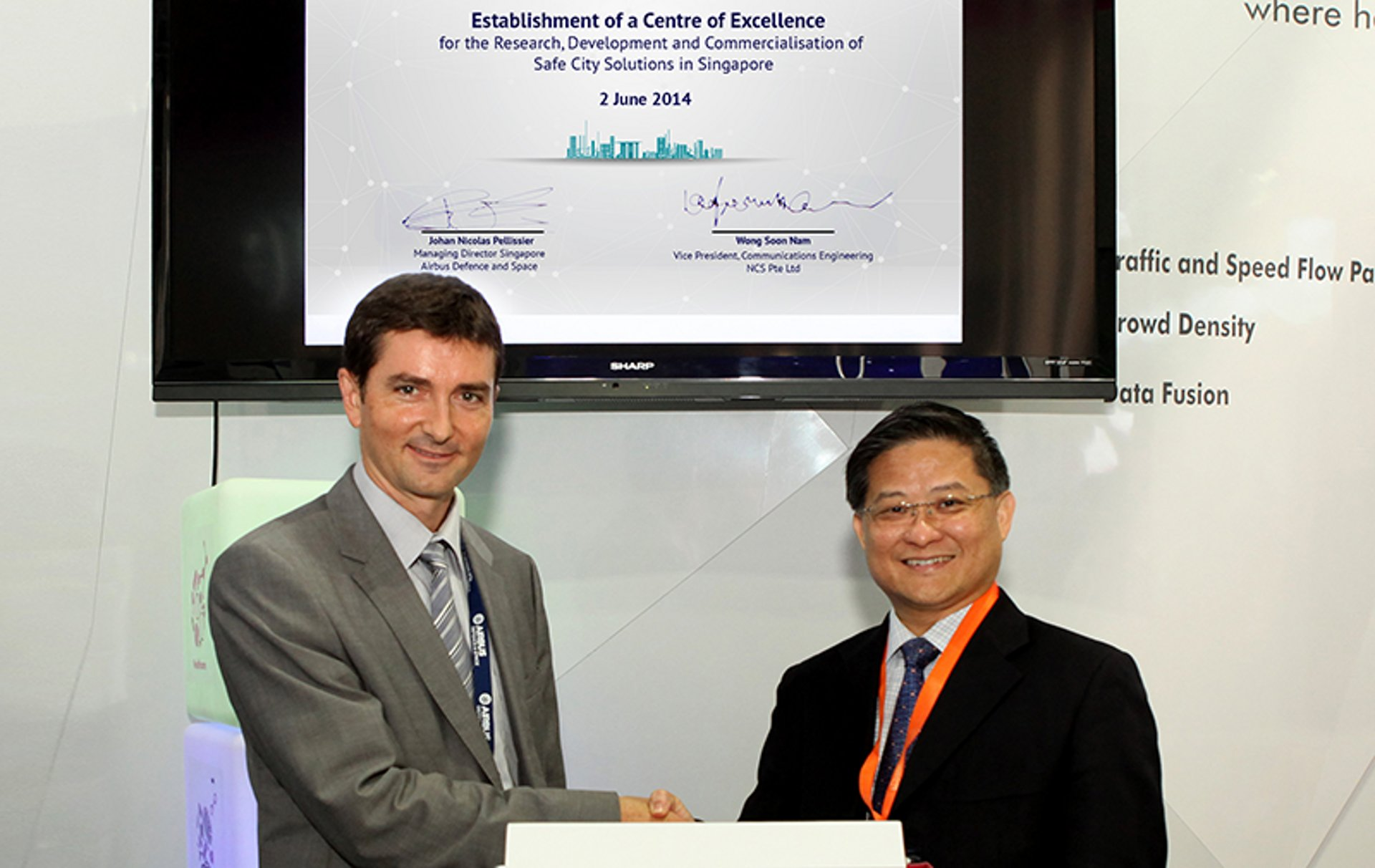 Partnership signature for the Centre of Excellence (CoE) in Singapore for the research, development and the commercialisation of safe city solutions in Asia