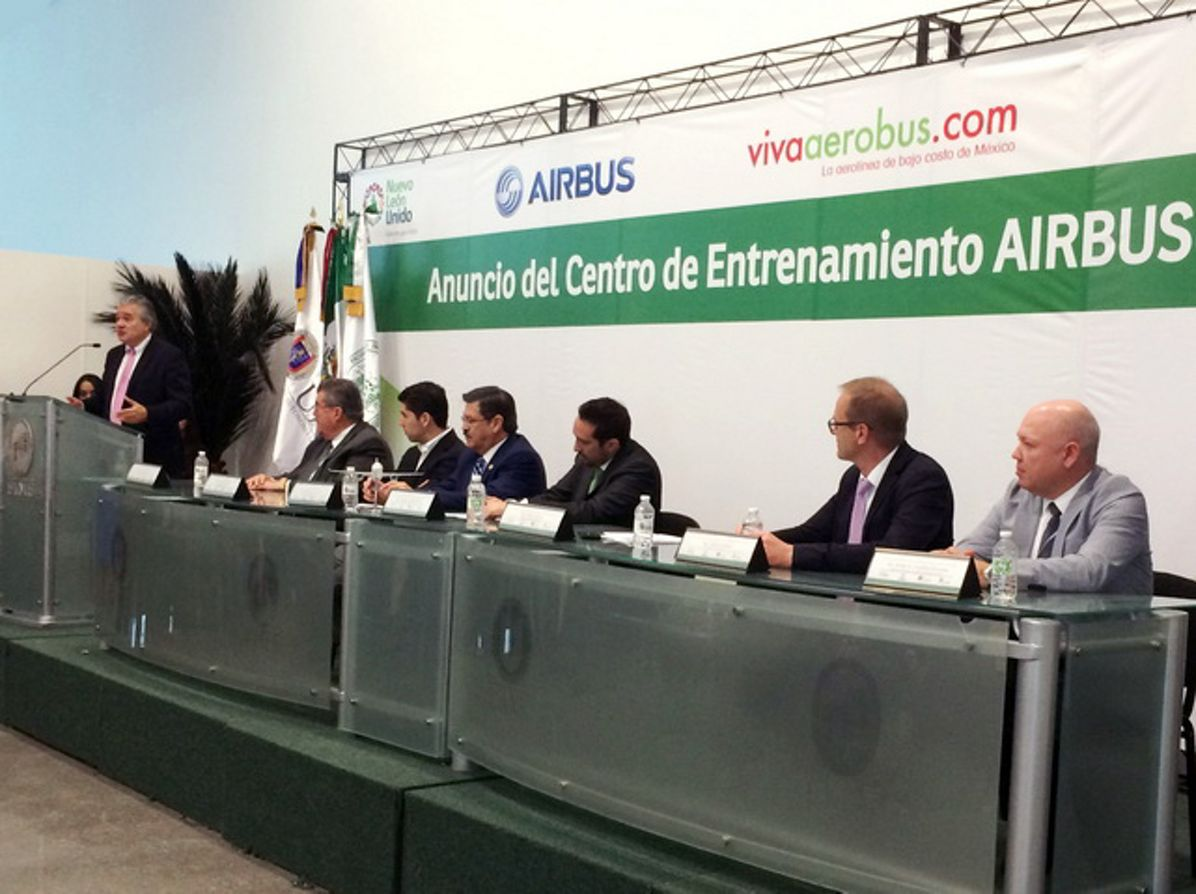 "VivaAerobus chooses ""Training by Airbus"" 2"