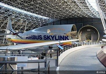 Aeroscopia museum aircraft display 3