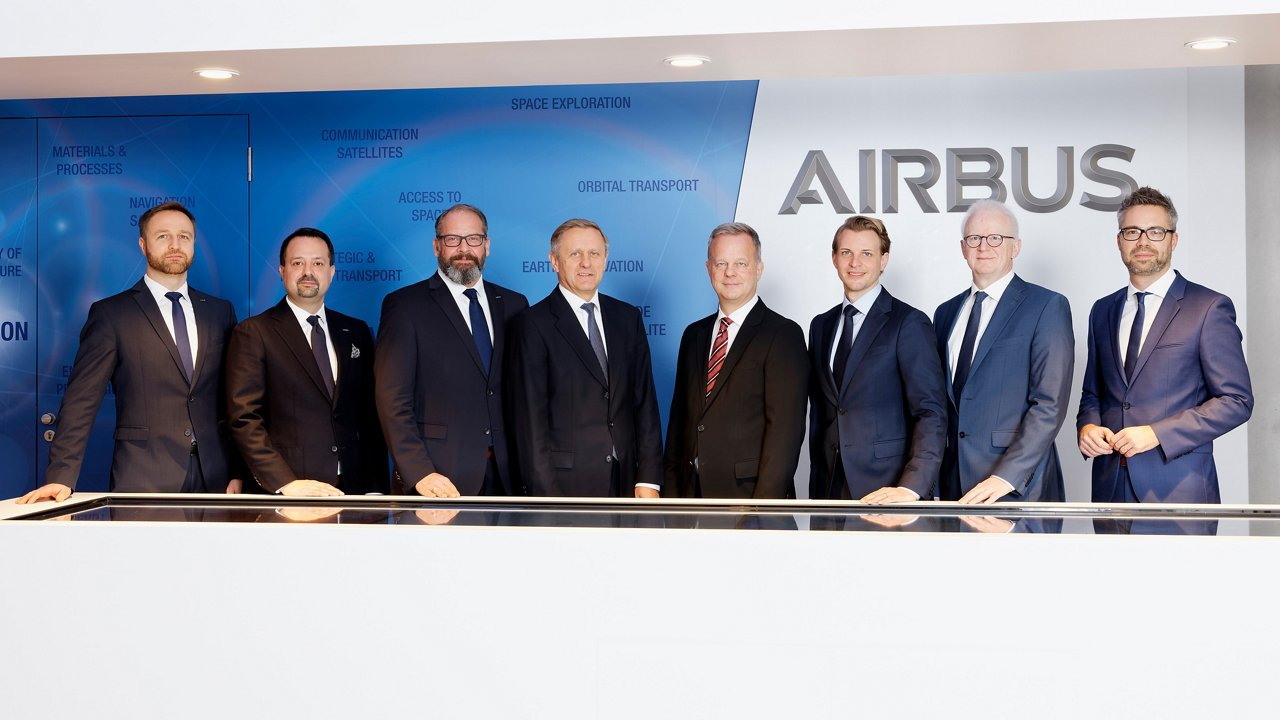 Group picture - Airbus Public Affairs Germany