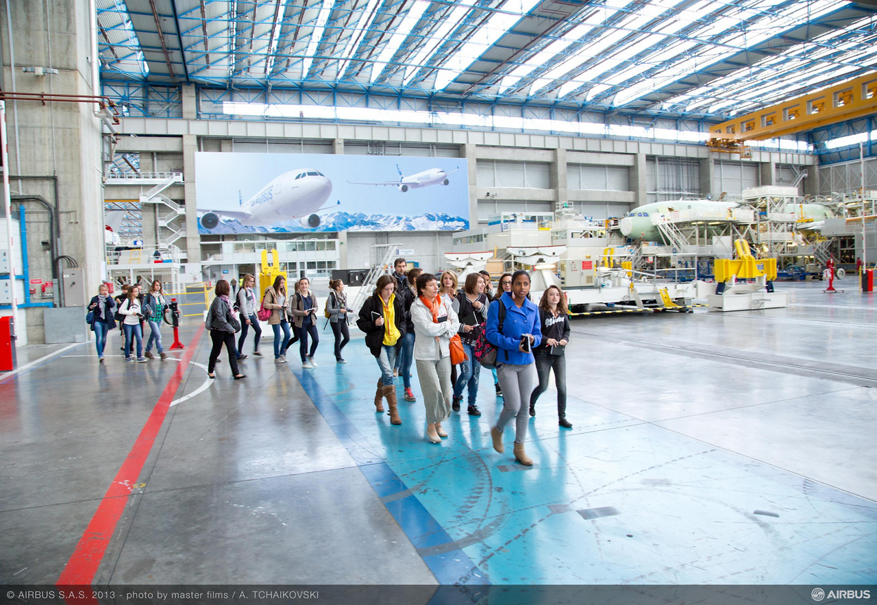 """As part of its """"Elles du Futur - Girls for the Future of Aeronautics"""" initiative to promote career paths in the aeronautical industry, Airbus will welcome 80 secondary school students at its Toulouse, France site on 17 October 2014"""