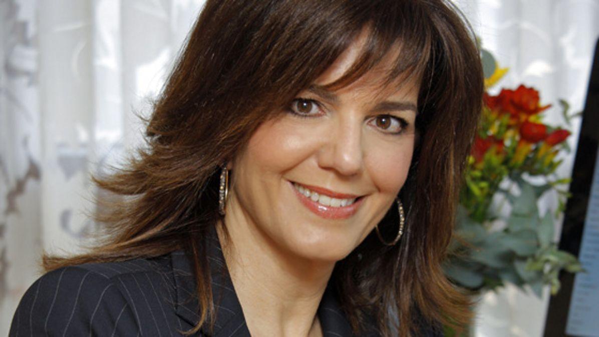 Maria Amparo Moraleda, Spanish