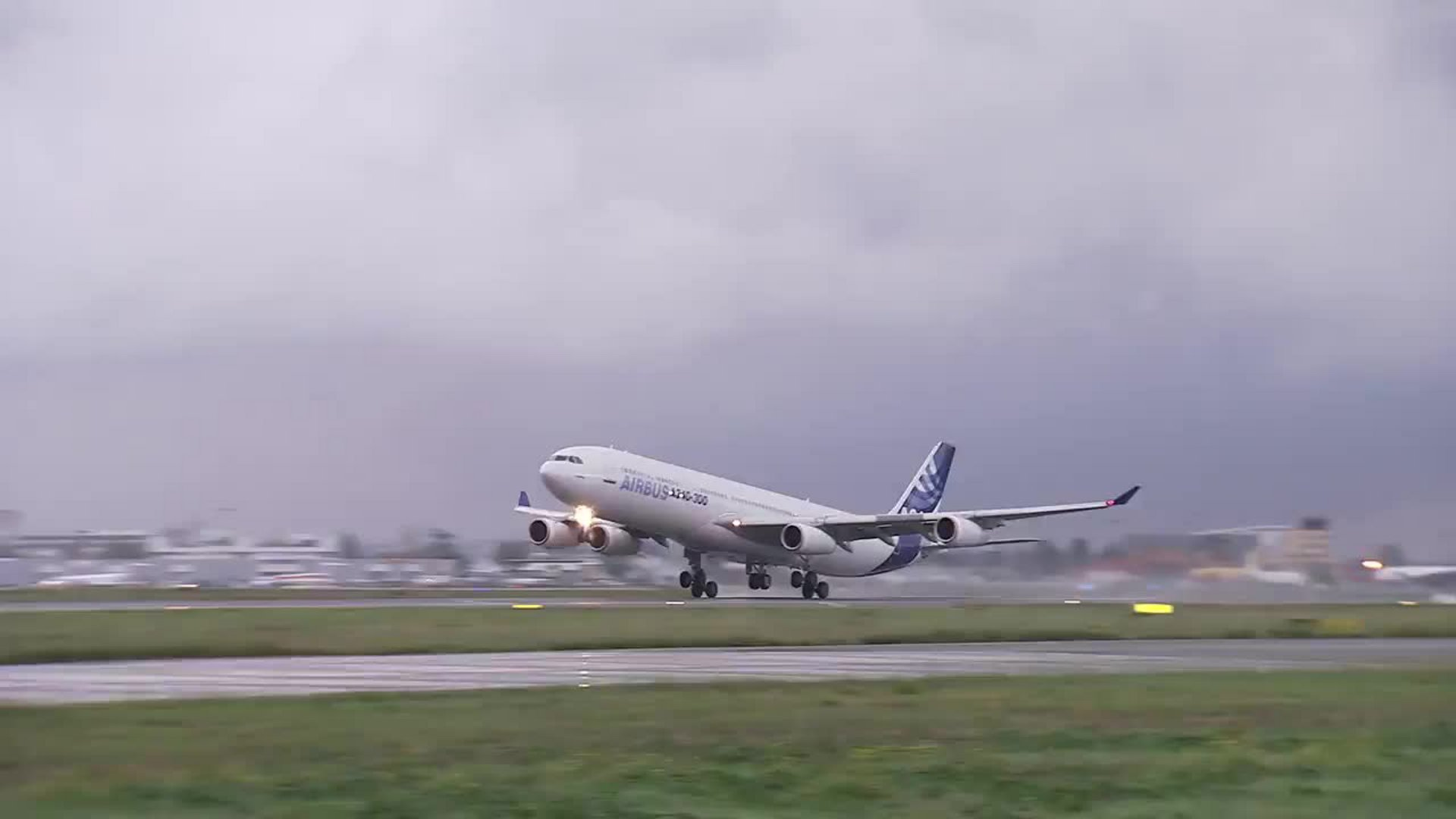 Airbus Corporate Foundation coordinates Humanitarian Relief Aid to the Philippines