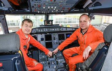 A319neo_First flight crew 2