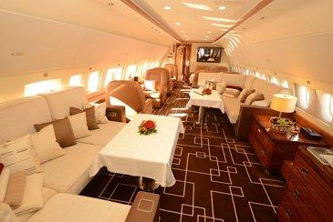 MJet ACJ319 Lounge