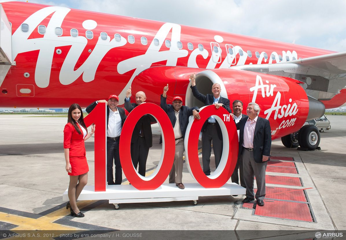 A320 Air Asia 100th delivery