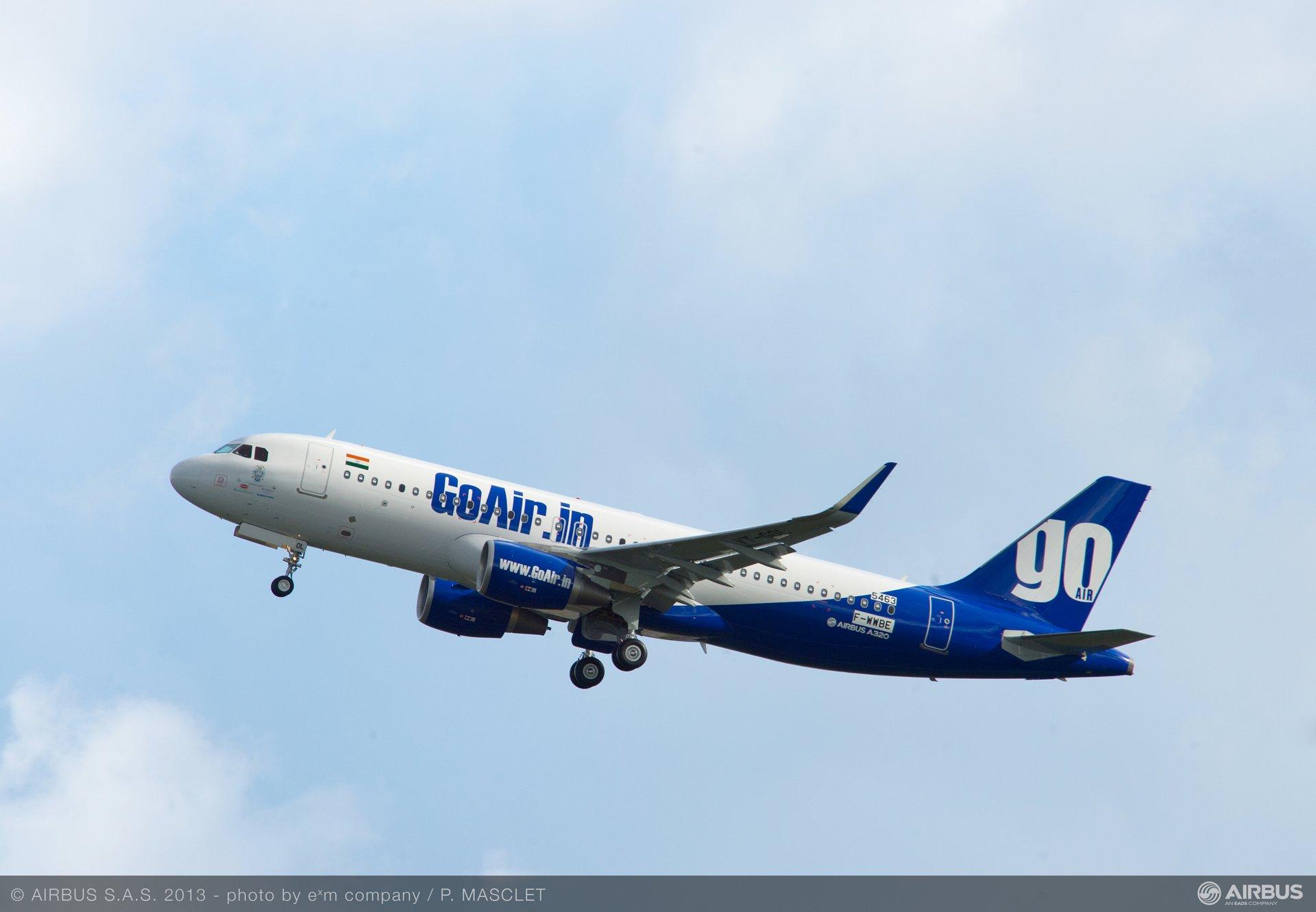 A320 GOW MSN5463 TAKE-OFF