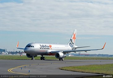 A320 JETSTAR TAXIING