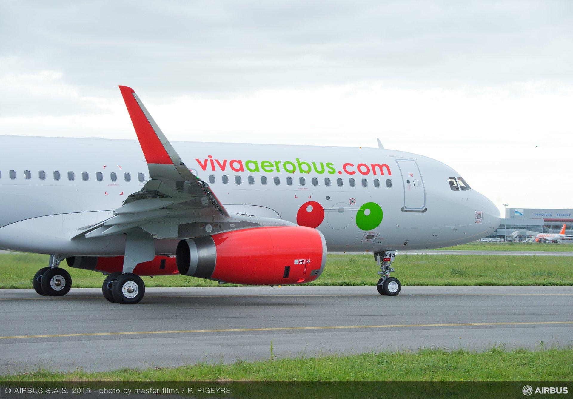 A320 MSN6574 VIVAAEROBUS - CLOSE UP