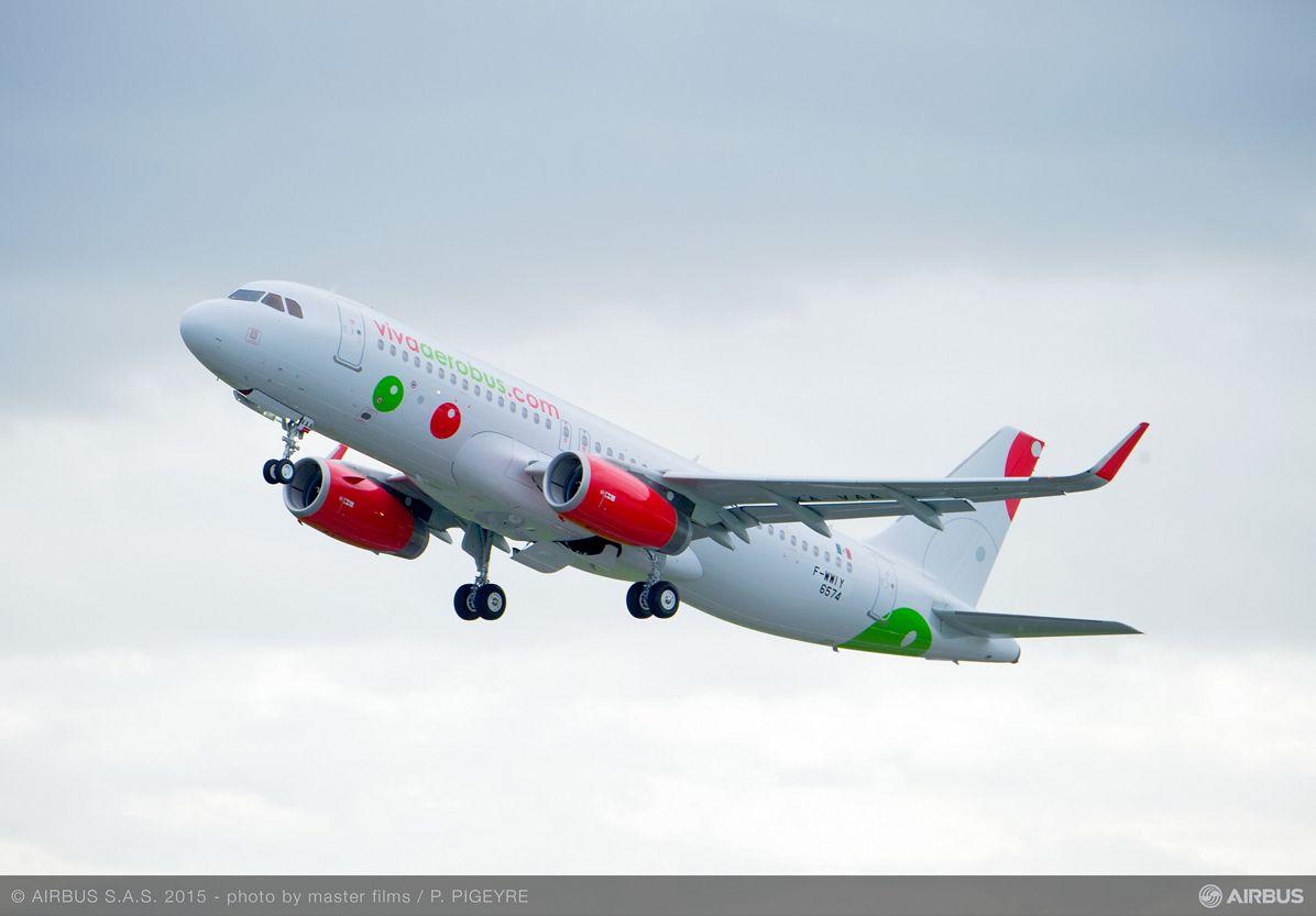 A320 MSN6574 VIVAAEROBUS TAKE OFF, A320_VivaAerobus delivery 2