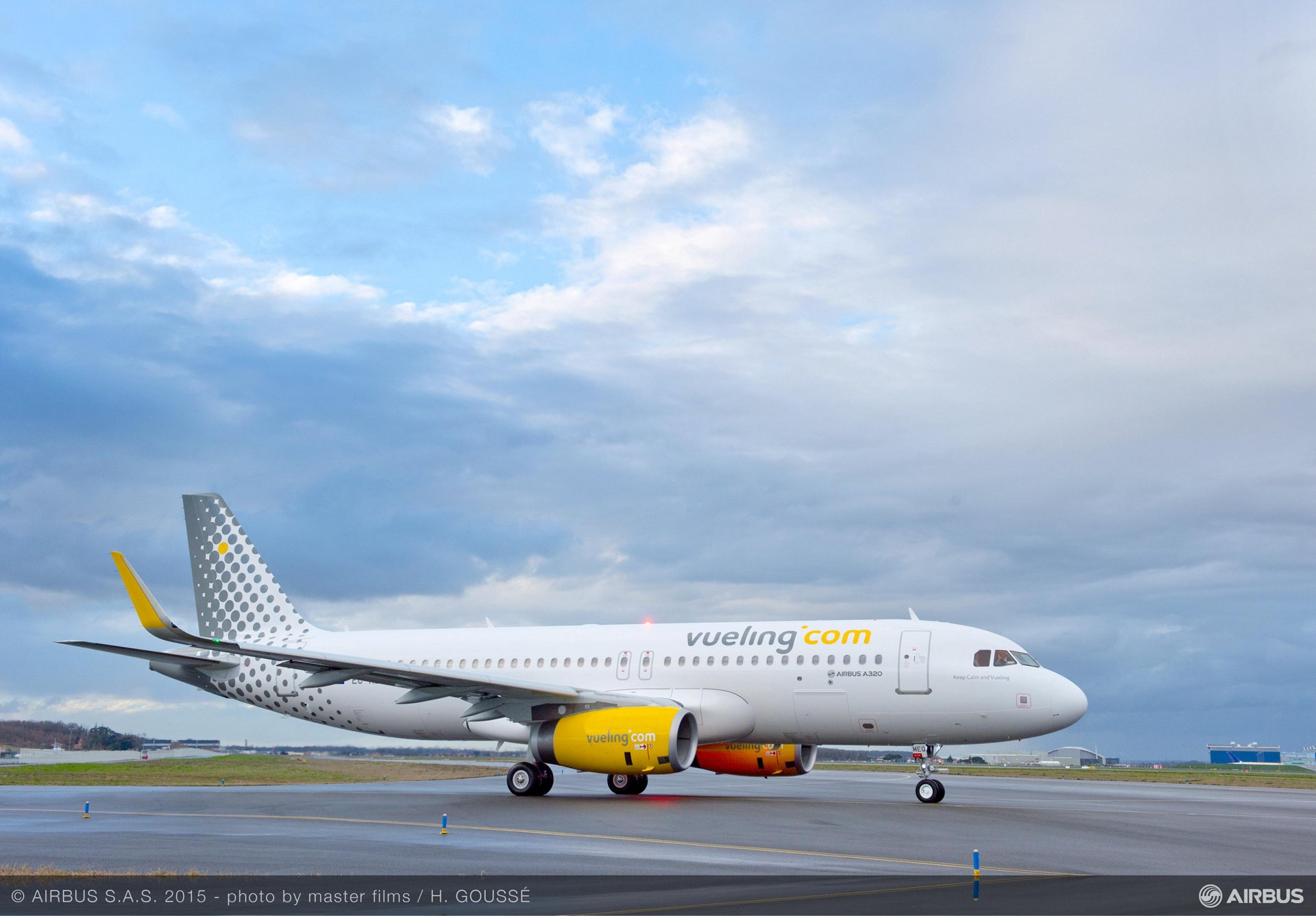 Vueling A320_taxiing