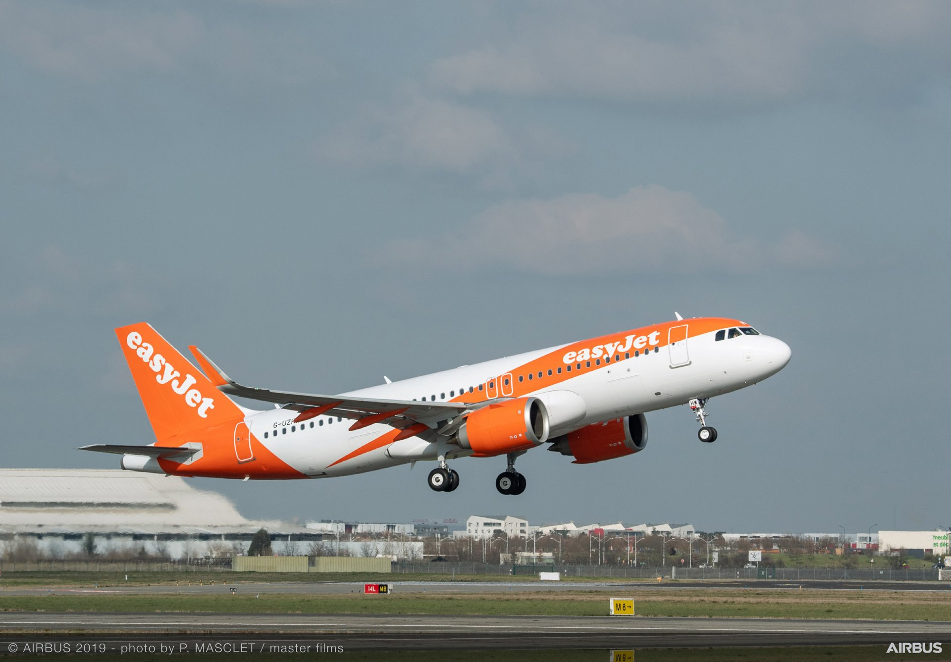 easyJet's first FANS-C-equipped A320