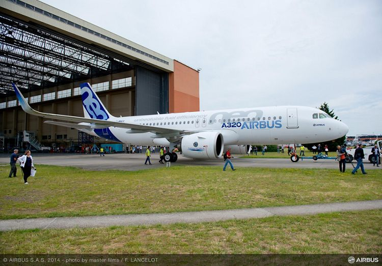 First A320neo rollout 6