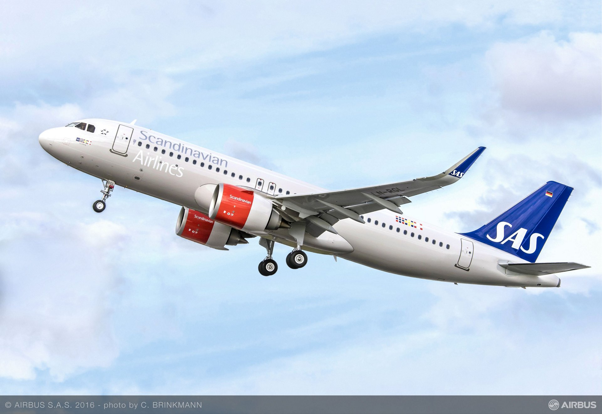 SAS Group's firm order for 35 A320neo aircraft and its lease of 15 additional A320neos will result in SAS becoming an all Airbus operator with the fuel-efficient A320 family for its mainline European operations, as well as for the carrier's extensive domestic services in Scandinavia