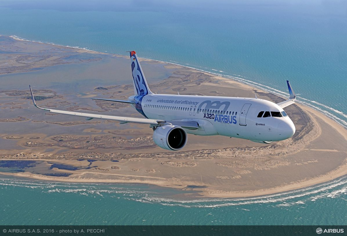 Airbus_A320neo in flight