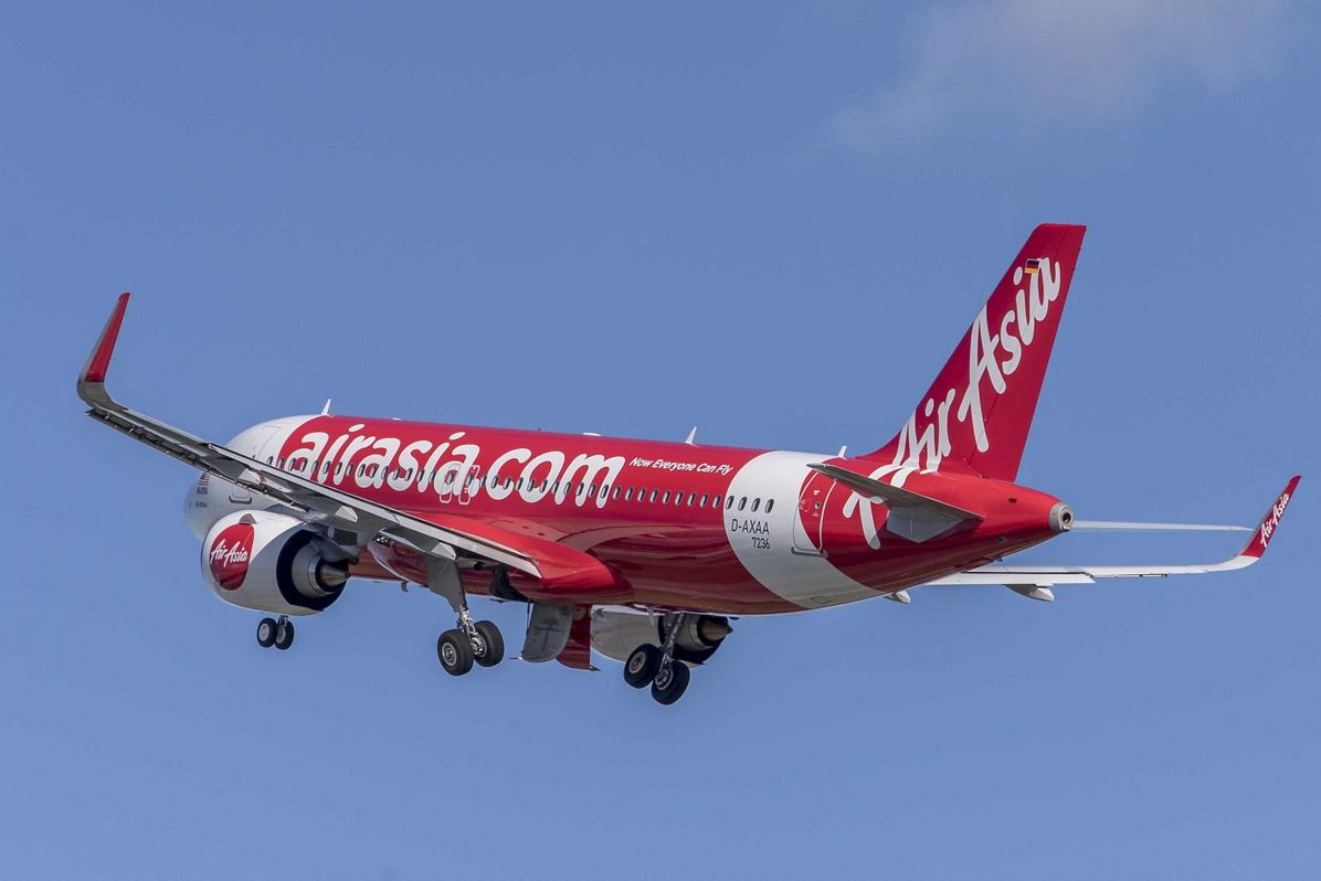 AirAsia_First A320neo delivered 2