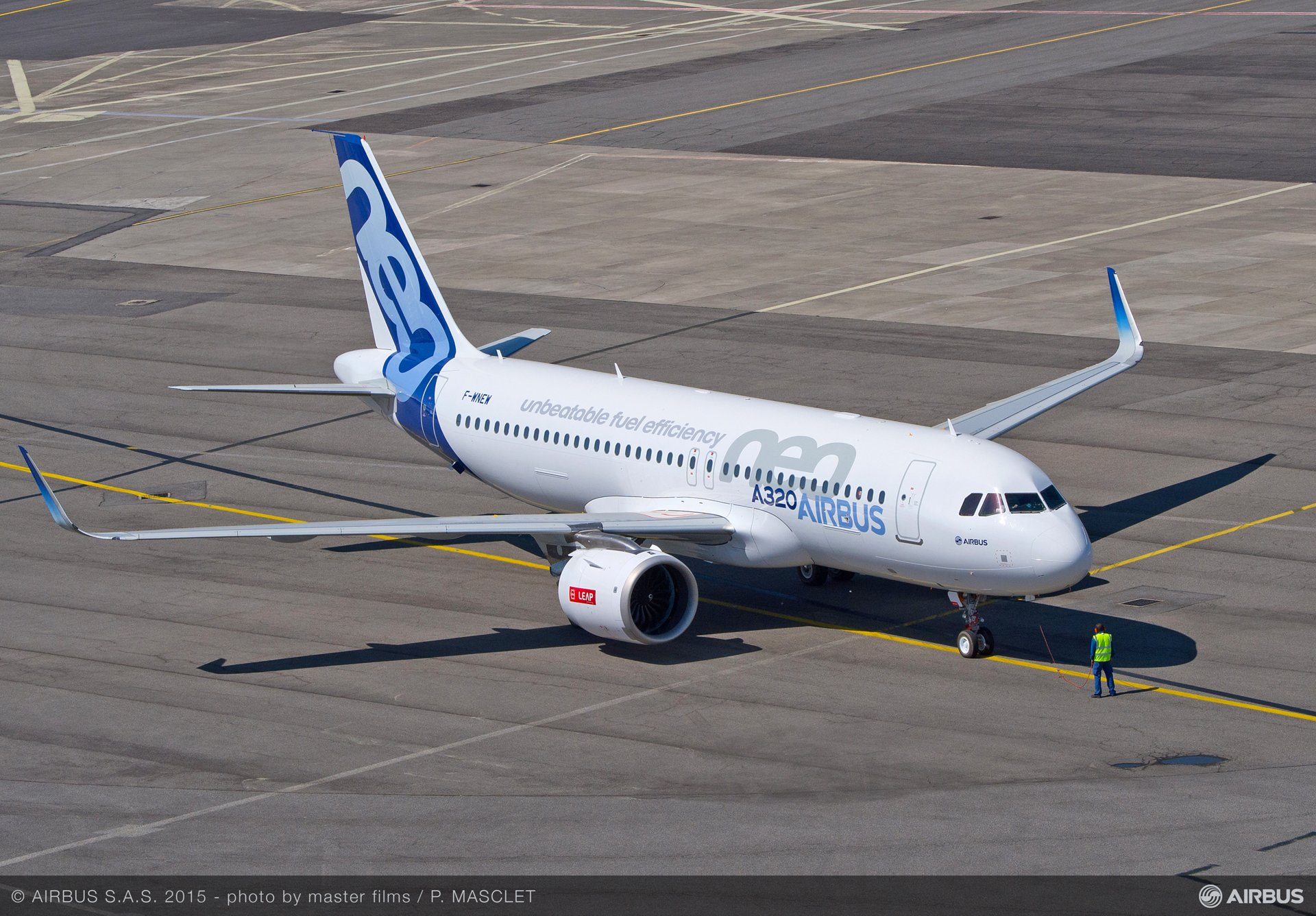 A320neo first flight with LEAP-1A_Tarmac